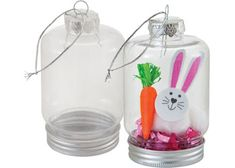 This plastic hanging jar can be used for seasonal craft activities in the classroom. Children can unscrew the bottom silver cap of this jar and fill with paper shred, figurines, embellishments and more. Create an Easter ornament or a hanging terrarium for Mum as well as a lantern or Christmas tree ornament. The outside of the jar can be painted or drawn on and a tealight added inside to create a lantern. Includes a silver string to hang. Pack of 10 jars. Size: 6.5(W) x 11.5(H)cm