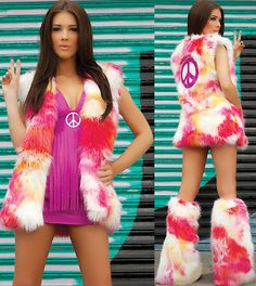 Bold, sexy, vibrant and versatile! This piece Shagadelic Hippie Outfit is super sexy and perfect for clubbing, parties, and retro romance at home. Sexy Costumes For Women, Sexy Halloween Costumes, Halloween Stuff, Halloween Ideas, Hippie Costume, Retro Costume, Hippie Outfits, Hippie Chic, Occasion Dresses