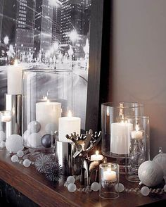 white and silver christmas mantle Silver Christmas Decorations, Christmas Mantels, Noel Christmas, Winter Christmas, Modern Christmas Decor, Coffee Table Christmas Decor, Christmas Vignette, Candle Decorations, Minimal Christmas