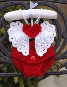 Items similar to Crochet cupid angel wings set on Etsy Crochet cupid angel wings optional diaper by CrochetbyAntoinette Baby Cocoon Pattern, Crochet Baby Cocoon, Crochet Baby Clothes, Newborn Crochet, Baby Patterns, Crochet Patterns, Knitting Patterns, Crochet Costumes, Crochet Photo Props