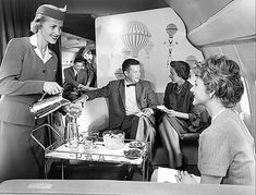 What life looked like inside the First Class Lounge of a Boeing 707 back in 1959 (the hot air balloon decor was an interesting touch, don't you think? 1950s
