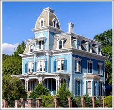 https://flic.kr/p/21zjnCH | Beautiful Victorian House.