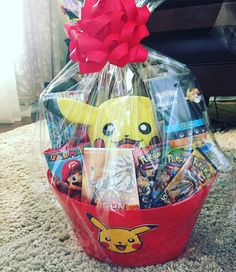 In this DIY tutorial, we will show you how to make Christmas decorations for your home. The video consists of 23 Christmas craft ideas. Pokemon Easter Basket, Christmas Decorations To Make, Christmas Crafts, Sympathy Gift Baskets, Pokemon Gifts, Easter Buckets, Easter 2020, Gift Hampers, Easter Bunny