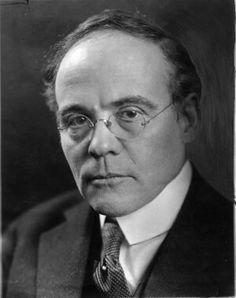 Edgar Lee Masters (Garnett, Kansas, 1868 - Melrose Park, Pennsylvania, 1950)