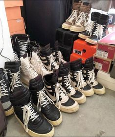 1896 Best Mens Sneax and Boots images in 2020 | Sneakers