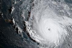 Félelmetesen néz ki az űrből a valaha látott legerősebb hurrikán az Atlanti-óceánon|Player