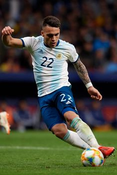 Lautaro Martinez (Inter Milan) of Argentina shooting to goal during the international friendly match between Argentina and Venezuela at Wanda Metropolitano Stadium in Madrid, Spain on March 22 2019.  (Photo by Jose Breton/NurPhoto via Getty Images)