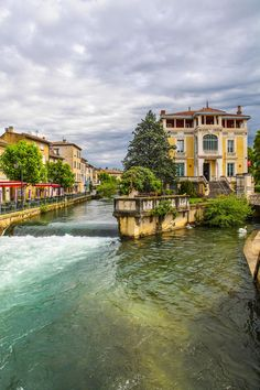 Cloudy day in Isle-sur-la-Sorgue by Vincent Bloch on 500px