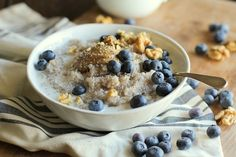 Blueberry buckwheat porridge with all the super food fixings for a gluten-free paleo-friendly breakfast o' champs. Vegetarian Breakfast Recipes, Nutritious Breakfast, Brunch Recipes, Sweet Recipes, Whole Food Recipes, Cooking Recipes, Paleo Recipes, Breakfast Porridge, Breakfast Bake