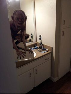 Don't do this to prank someone...heart attack ready to happen!