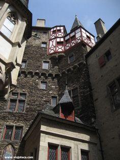Detalhes do Burg Eltz, um dos mais belos castelos da Alemanha