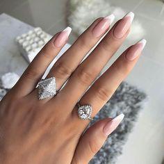 nail tips gel / nail tips . nail tips acrylic . nail tips design . nail tips and tricks . nail tips with dip powder . nail tips gel . nail tips acrylic short . nail tips acrylic colored French Fade Nails, Faded Nails, French Manicure Nails, French Nail Art, French Polish, Glitter French Nails, White Tip Nails, Colored Tip Nails, French Stiletto Nails