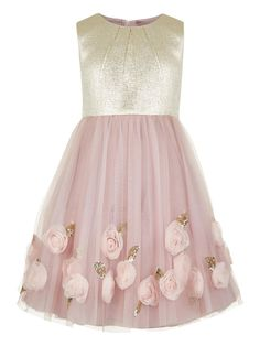 Steal the show with our stunning Sophine party dress for girls. This pretty pink and gold version features a shimmering jacquard bodice and a delicate pink t. Little Girl Dresses, Girls Dresses, Flower Girl Dresses, Flower Girls, Pink Tulle Skirt, Tulle Dress, Vestido Rose Gold, Entourage Gowns, Monsoon Dress