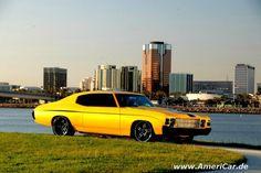 SEMA 2009 USWForged 1971 Chevelle Full Yella Jacket w/ USW Forged Superstar 5 star yellow pro touring 19x8 20x9.5 rear