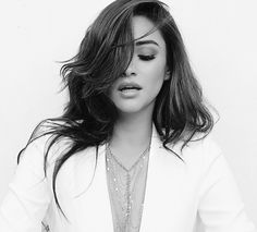 Imagem de shay mitchell, pretty little liars, and pll