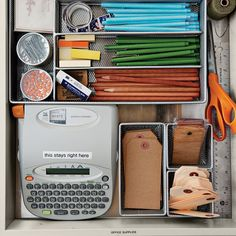 Drawers trendy kitchen drawer organization utensils martha stewart - Image 15 of 23 Latest Windo Kitchen Drawer Organization, Kitchen Drawers, Desk With Drawers, Office Organization, Organized Office, Organized Kitchen, Jewellery Organization, Utensil Organizer, Kitchen Organizers