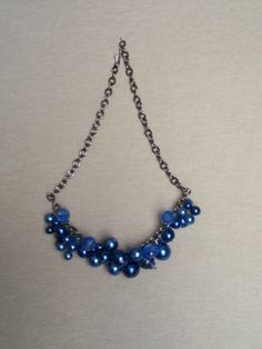 glass beads and glossy and matte pearl statement necklace