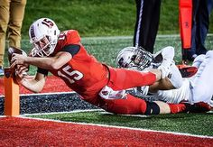 Instagram media by thestarpress - Game-changing fumble at the end zone during Ball State's game against Eastern Michigan. #muncie #bsu #football #college #chirpchirp #fumble #close #athlete #compete #game #fight #dive #sports #bsu - Jordan Kartholl