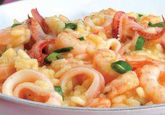 """O sabor cítrico e doce da fruta é a harmonização perfeita no <a href=""""http://mdemulher.abril.com.br/culinaria/receitas/risoto-frutos-mar-maracuja-482522.shtml"""" target=""""_blank"""">risoto de frutos do mar com maracujá</a>."""