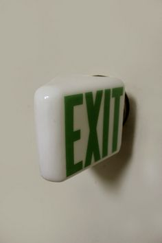#4506 / EXIT SIGN