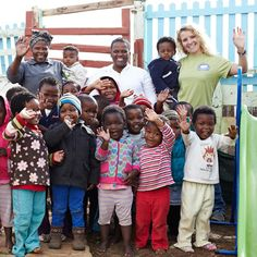 GHS volunteer helping the local community: http://ialc.org/news/201601-good-hope-studies-offer-new-volunteer-projects-in-south-africa.asp   #IALC #SouthAfrica #CapeTown #Learn #English #language #travel #school #volunteering