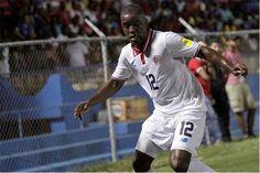 A Costa Rica bateu a Rússia por quatro bolas a três. Os jogadores do Sporting Bryan Ruiz e Joel Campbell 'estragaram' a festa de inauguração do Estádio do