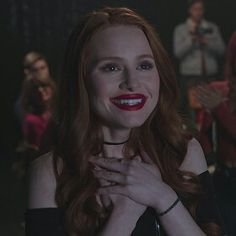 Riverdale Cheryl, Riverdale Cw, Riverdale Archie, The Cw, Five Jeans, Cheryl Blossom Aesthetic, Riverdale Characters, Vanessa Morgan, Shes Perfect