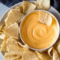 Θα μείνεις σπίτι; Φτιάξε το τέλειο ντιπ τυριού ? κουζινα › αφιερώματα    ELLE