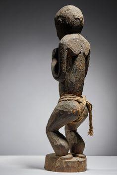 Lot n°55  Baule Monkey Garden Sculpture, Lion Sculpture, Ivoire, Statue, Outdoor Decor, David, Collection, Sculptures, Sculpture