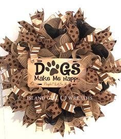 Dog Wreath Dog Wreaths Dog Burlap Wreath Deco Mesh Dog Tulle Wreath, Burlap Wreath, Craft Projects, Projects To Try, Craft Ideas, Wreath Crafts, Wreath Ideas, Dog Wreath, Deco Mesh Wreaths
