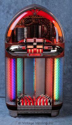 1940s Wurlitzer 1100 Jukebox
