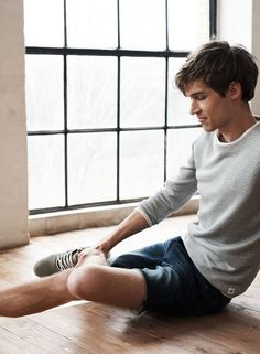 APRIL: It's time for summer looks. Discover casual shorts, selected for you.