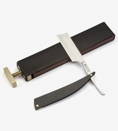 Wood Straight Razor Case & Leather Paddle Strop by Bison Made on Scoutmob Straight Razor Shaving, Shaving Razor, Wet Shaving, Shaving Kits, Shaving Products, Shaving & Grooming, Beard Grooming, Different Beard Styles, Knife Making Tools