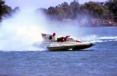 Vintage hydroplane racing