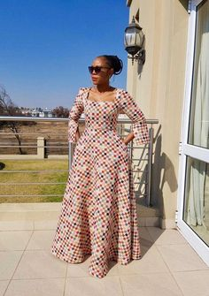 Like the style of the dress african traditional dresses, africa fashion, african fashion style Latest African Fashion Dresses, African Dresses For Women, African Print Dresses, African Print Fashion, African Attire, African Wear, African Women, Africa Fashion, African Style