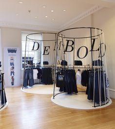 Levi's Pop-up at London Fashion Weekend #LFWE #Popup #RetailDesign