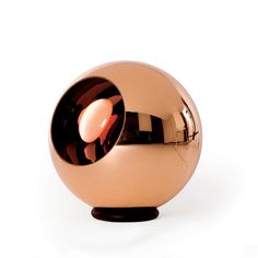 Tom Dixon Bronze Copper Shade Floor Light: A polycarbonate sphere, which is vacuum metallised with copper inside and brass outside to give a double colour effect. Bronze Copper Shade Floor comes complete with black rubber floor ring. Tom Dixon Lampe, Brass Outdoor Lighting, Tom Dixon Lighting, Bronze Floor Lamp, Floor Lamps, Copper Interior, Toms, Copper Pendant Lights, Gold Chandelier