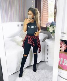 """11.2k Likes, 74 Comments - Joana Paladini (@joanapaladini) on Instagram: """"Não é mais Sexta, mas gostei do look ❤️ meu estilo favorito! Gostam também? ✨"""""""