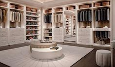 Personal, flexible, trendy walk-in closet design. Every person loving style & design, desires in her own home a walk-in closet. Francesco Pasi knows it well. Walk In Closet Design, Bedroom Closet Design, Master Bedroom Closet, Closet Designs, Closet Rooms, Big Closets, Luxury Bedroom Design, Dream Closets, Dream House Interior