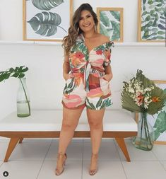 Buying plus size clothes are not easy. The biggest problem with buying clothes for women with the plus-size is either n… Plus Size Fashion For Women Summer, Over 50 Womens Fashion, Plus Size Summer, Plus Size Women, Outfits Plus Size, Curvy Outfits, Plus Size Dresses, Fashion Outfits, Plus Size Blog