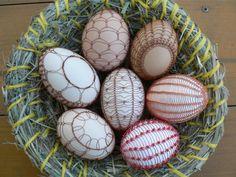 """""""drátované"""" Czech wire-work eggs"""