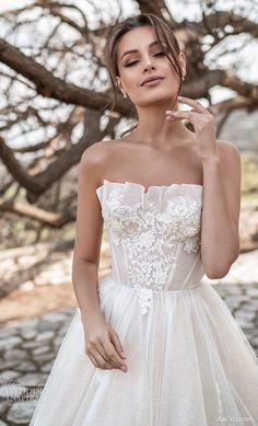 Dream Wedding Dresses, Bridal Dresses, Wedding Dress Corset, Wedding Dress Guest, Strapless Wedding Dresses, Unique Wedding Dress, Best Wedding Dress Designers, Fluffy Wedding Dress, Bridal Corset