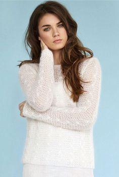 Женский пуловер из тонкого мохера спицами с описанием от Ким Харгривз