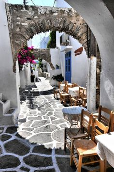 Street cafe, Naousa, Paros Greece