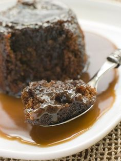 This bread pudding cooks in 3-4 hours and is perfect for that occasional gooey chocolaty treat. #breadpudding #chocolate #dessert