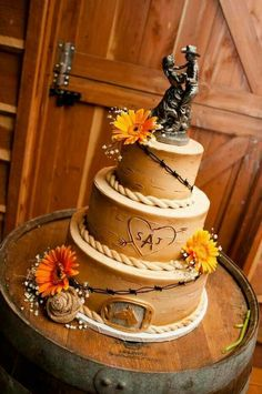 Wonderful wood and autumn cowboy cake Austin Weddings - Austin Wedding Planning, Services, Resources, Facilities & Venues. Austin Texas – A Country Wedding at Twisted Ranch Western Wedding Cakes, Western Cakes, Country Wedding Cakes, Camo Wedding, Our Wedding, Wedding Engagement, Dream Wedding, Western Wedding Ideas, Western Weddings