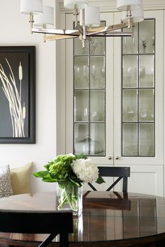 leaded glass panels with bevels / ©Feasby & Bleeks