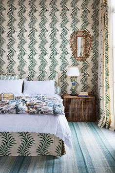 How to pull off Matchy-Matchy Pattern in Interiors (houseandgarden.co.uk)