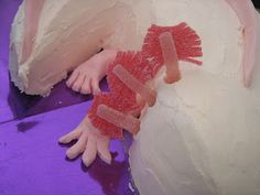 cloth and fodder: How to make an axolotl cake