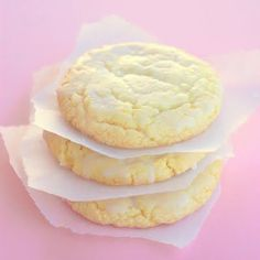 Lemon Drop Cookies.......thinking I should make these for Easter